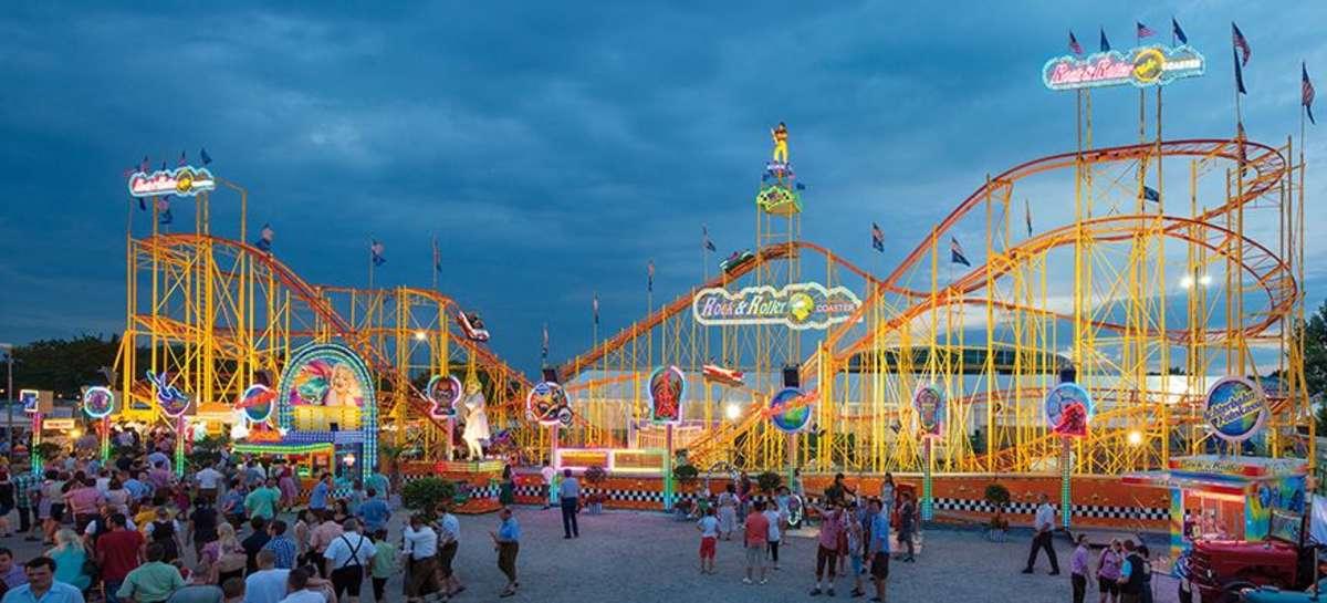 Der Rock & Roller Coaster ist Deutschlands größte mobile Achterbahn mit Einzelwagen.