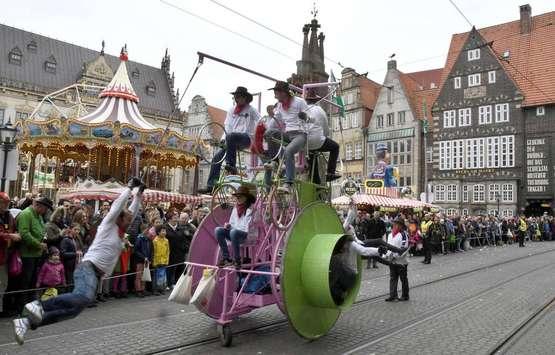 Der Karneval im Oktober steigt am Sonnabend