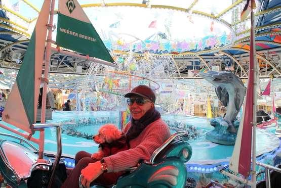 """Manfred Howey ist seit 40 Jahren mit dem """"Happy Sailor"""" auf dem Freimarkt"""