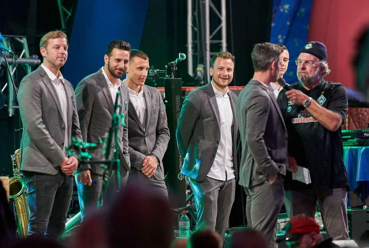 Werder Bremen feierte auch 2019 auf dem Bremer Freimarkt - inklusive kurzer Interviews bei einem Bühnenprogramm.