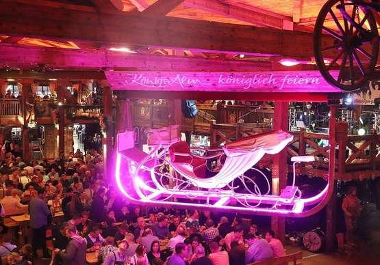 Gemütliche Talfahrt:Familienvergnügen und Festzelt-Spaß auf dem Bremer Freimarkt