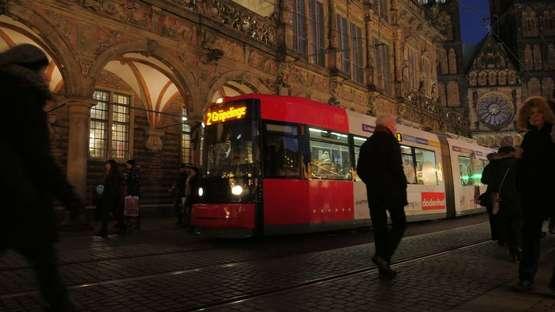 Mit Bus und Bahn zum Freimarkt