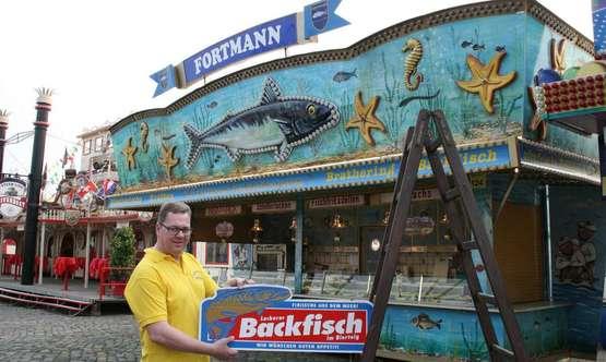 Heiligenroder betreibt auf dem Freimarkt einen Fischstand