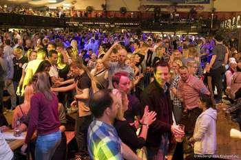 Drittes Party-Wochenende auf dem Freimarkt - Freitag in der Bayernfesthalle