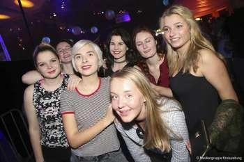 Drittes Party-Wochenende auf dem Freimarkt - Samstag in Halle 7